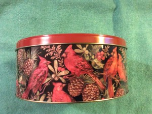 cardinal cookie tin side