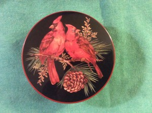 cardinal cookie tin top